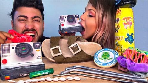 国外情侣创意吃播:相机鞋子都不在话下,没想到味道还不错