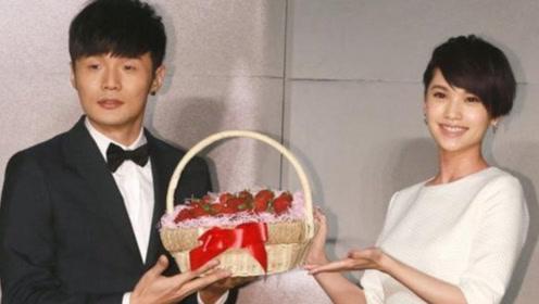 网曝李荣浩杨丞琳在合肥领证完婚 两个月前刚成功求婚