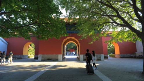离故宫一墙之隔的公园,曾是皇家的社稷坛,如今门票只要3元