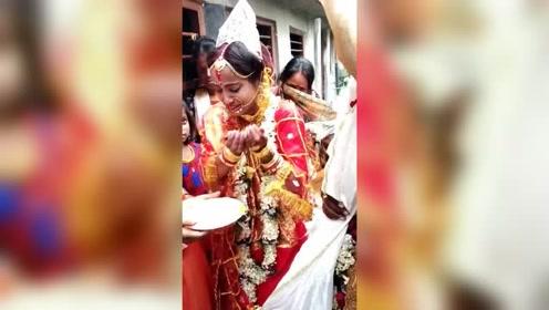 印度美女结婚哭惨了