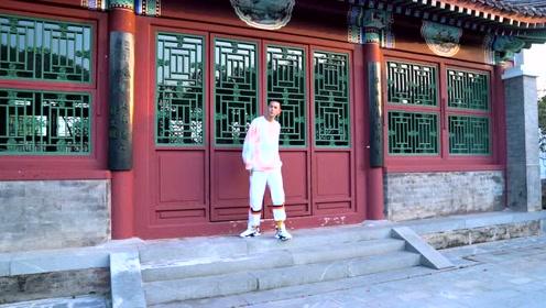 李宁 COUNERFLOW·溯系列—「跃」