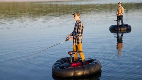 老外发明超便携充气船,剧烈摇晃也不会翻,不到5分钟搭好