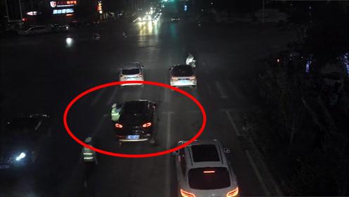 生死时速25秒!广西一男子酒驾,路遇检查竟将辅警拖行200米