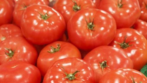 常吃西红柿,你会收到2个好处,但要注意:这种西红柿不能吃