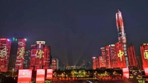 美国游客到深圳,看到大街上这一幕非常羡慕:为何美国没有!