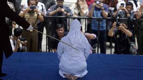 印尼男女因婚外情受鞭刑,新法将规定婚外情未婚同居都有罪
