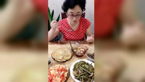 韩国丈母娘一来,女婿就招待吃这个,也太寒酸了