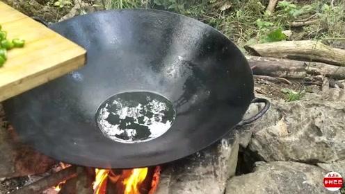 在农村,都爱这样吃豆腐,头一次见这种做法,城里人也想吃