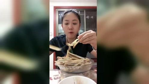竹节蛏这么吃确定有味道吗?网友:可能原来的味道就很鲜美了