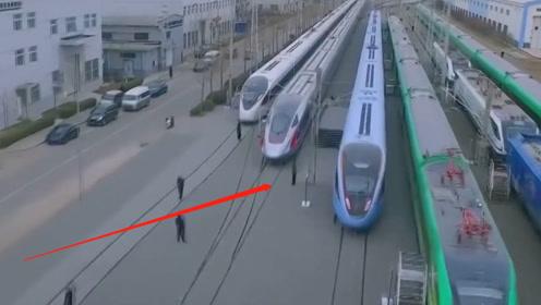 德国游客评价各国高铁:日本优秀,法国快速,中国给出这4个字