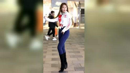 有人喜欢这个小姐姐跳舞吗