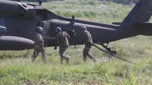 美军陆战队直升机野外加油,后勤保障很强!
