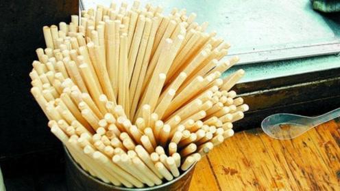 一次性筷子为何卖得很便宜?看完生产过程,你就明白了