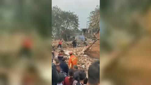 湖南岳阳县一米粉厂锅炉爆炸 1人抢救无效死亡