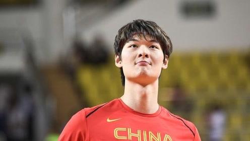 王哲林加盟八一队?代表中国出战军运会!