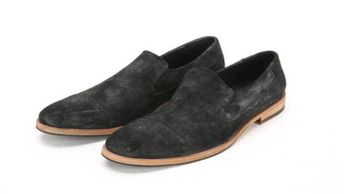 绒面鞋脏了难清理?教你清理小妙招,不用水洗每天穿新鞋,太棒了