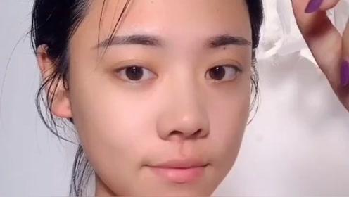 原来网红都是这样化妆的,怪不得她们的皮肤看起来那么好