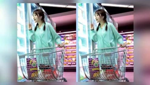 48岁杨钰莹一穿绿色马上回到少女状态,皮肤水嫩如20岁小姑娘