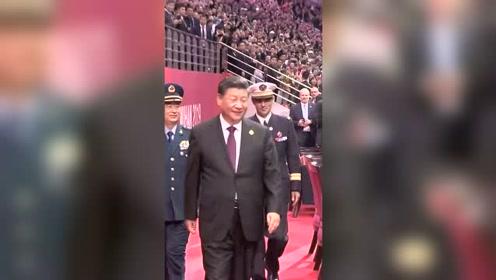 现场视频!习近平出席第七届世界军人运动会开幕式