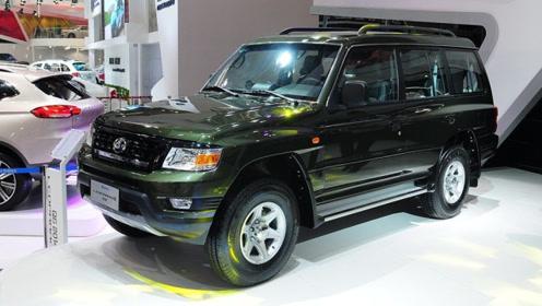 想买SUV可以选它!新车比途昂还霸气,售价低至10多万,选啥RAV4