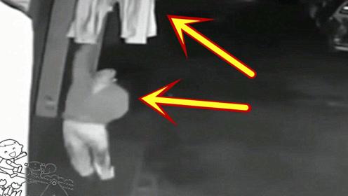 深夜女子一直感觉窗外不对劲,装个监控拍下不耻画面!