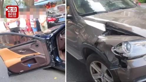 男子路边下车被宝马撞掉车门 交警:开门不当全责 两车损失约10万元