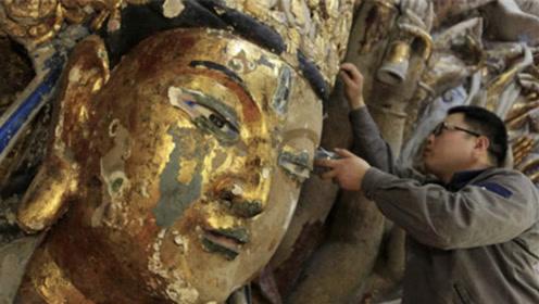 工人修复800年观音像,无意触动内部机关,打开一看太意外了!