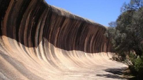 你见过陆地上的海浪吗?高达15米,至今未落