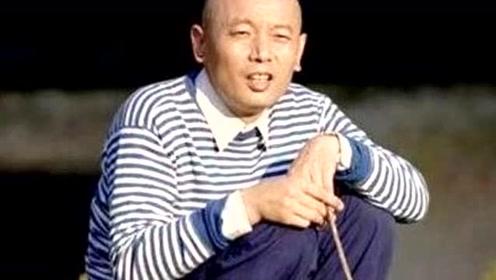 他曾在农场养猪,今成中国第一影帝,冯小刚跪着给他颁奖