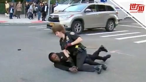 """惊险一幕:枪击犯""""鱼跃""""从警车车窗逃出 警察飞身将其扑倒"""