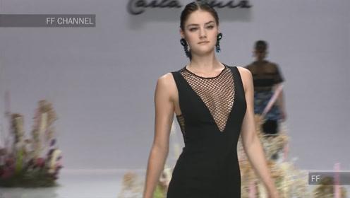 时装周上的Carla Ruiz超模,完美演绎性感迷人的黑色经典