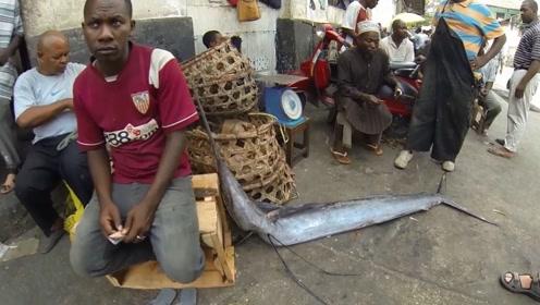 在中国100元一斤的东西,在非洲只卖白菜价,50块钱全家吃到撑