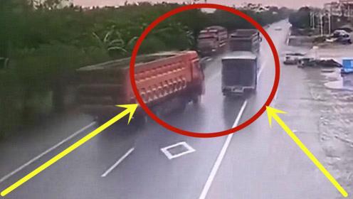 任性大货车超车,意外打滑甩尾,一头怼上对向货车车头!