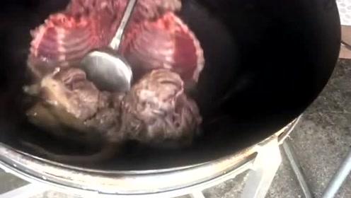 柳州水口脆皮狗肉,这样的美食你们吃过吗,看的我口水都溜下来了!