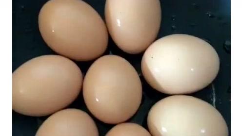 煮鸡蛋不破皮的小妙招,现在知道还不晚