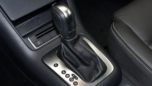 自动挡的手动模式到底怎么用?老司机:浪费了这么好的功能