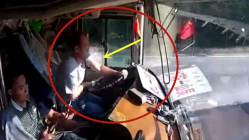 马路惊魂!作死逆行的货车,客车司机神反应救下一车人