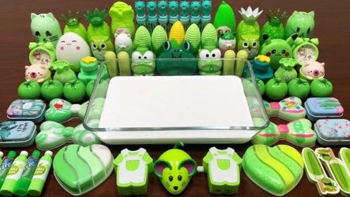 六十多种绿色材料和奶油泥混合,小姐姐这玩法减压又好玩!