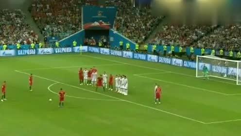 C罗职业生涯中最厉害的帽子戏法,这一脚球是梅西永远的伤疤