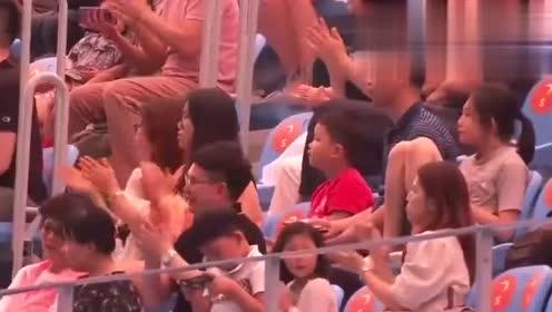 """韩国选手自信满满出场,一入水就尴尬,""""龙王入水""""直接砸进水池"""