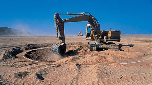 """如果将沙漠""""挖空"""",底下会有什么?专家给出答案,""""惊呆众人""""!"""