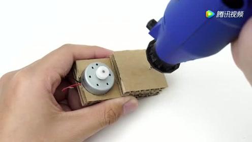 牛人自制趣味硬币盒,当他使用的一瞬间,我彻底看傻眼了