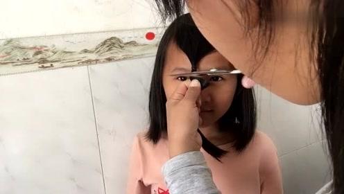 学着抖音里面的方法剪刘海,剪完颜值翻倍,抖音真没有蒙人