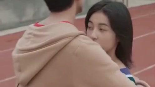 小鲜肉邂逅萌妹子,吴磊抱起张子枫的造型亮了,这是什么情况?