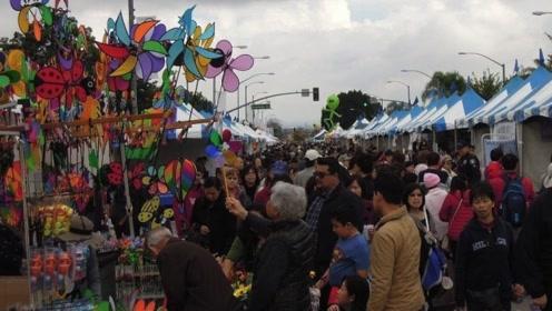 最像中国的美国城市,华人连任12年市长,当地人会跳广场舞