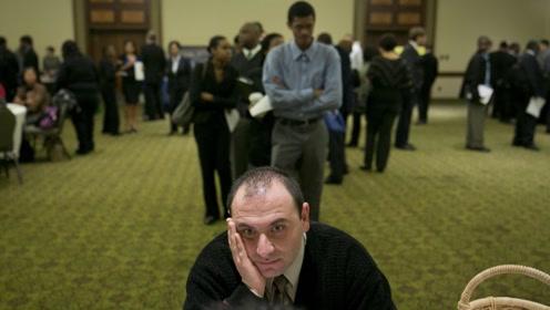 美媒:贸易战吞噬美150万个就业岗位