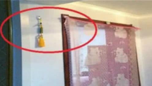 """厕所里挂上此""""宝贝"""",暗喻财源广进,你家的厕所挂上了吗?"""
