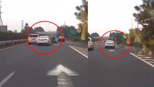67岁大妈骑电动车逆行上高速,横穿路被撞飞:差2分钟就到家了