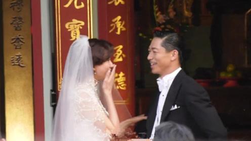 林志玲夫妻鞠躬后哭了!黑泽良平甜笑掀老婆头纱眼里都是宠溺