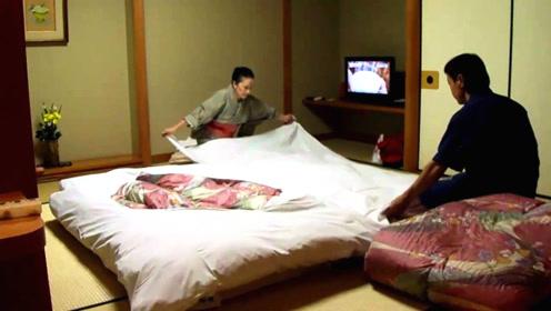为什么日本人现在还在地上铺床睡?买张床那么难吗?